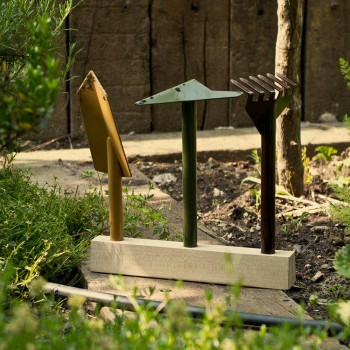3 Metall Gartengeräte mit Holzsockel Made in Italy - Garten