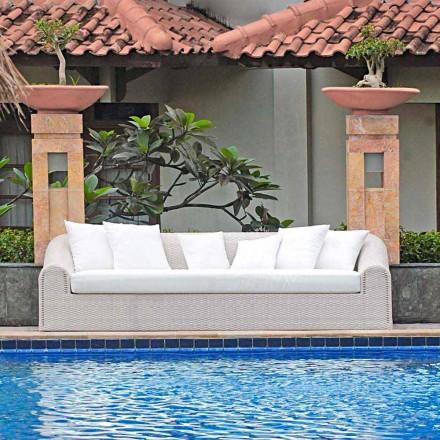 Gartensofa groß handgeflochten in modernem Design Cooper