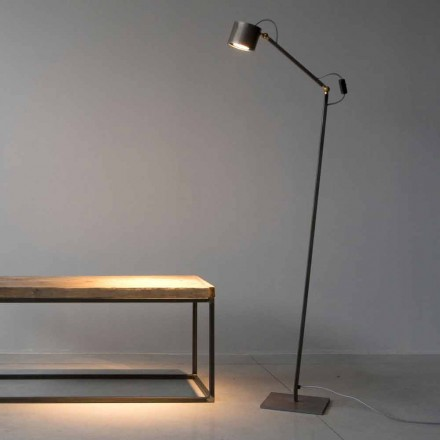 Handgefertigte Stehlampe aus leicht geätztem Eisen Made in Italy - Vanda