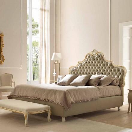 Klassisches Doppelbett, ohne Bettcontainer, Chantal von Bolzan