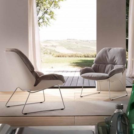 Sessel aus Polypropylen weiß und Kissen in grau Betulla
